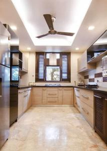 Gallery Cover Image of 2700 Sq.ft 3 BHK Apartment for rent in Sector 50 for 47000