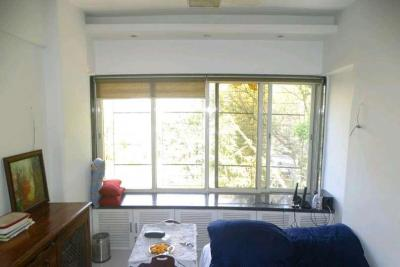 Gallery Cover Image of 350 Sq.ft 1 BHK Apartment for rent in Andheri West for 40000