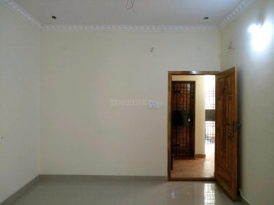 Gallery Cover Image of 896 Sq.ft 2 BHK Apartment for buy in Kovilambakkam for 5350000