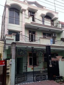 Building Image of Nimanshoo PG in Sector 36