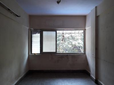 Gallery Cover Image of 390 Sq.ft 1 RK Apartment for rent in Mulund West for 16000