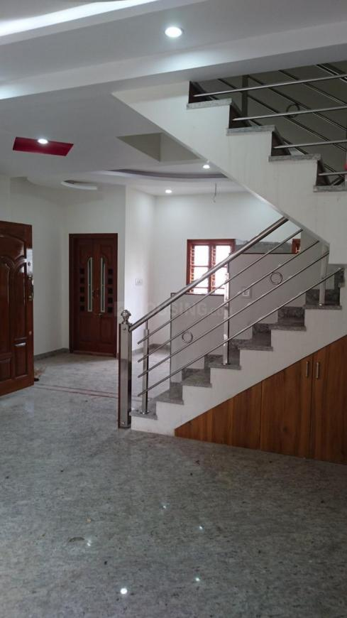 Living Room Image of 2100 Sq.ft 3 BHK Independent Floor for buy in Vijayanagar for 12500000