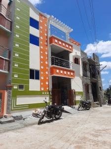 Gallery Cover Image of 1450 Sq.ft 3 BHK Independent House for buy in Thirumullaivoyal for 5500000