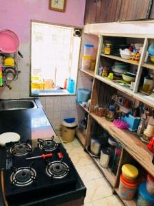 Kitchen Image of Hari Bhai ( Old Age Uncle) in Andheri West