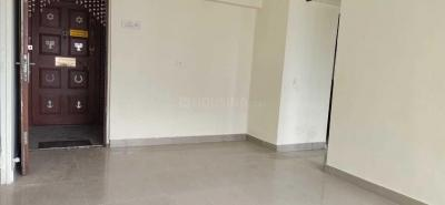 Gallery Cover Image of 981 Sq.ft 3 BHK Apartment for rent in Goregaon East for 25000