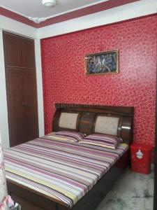 Gallery Cover Image of 980 Sq.ft 2 BHK Independent House for buy in Shakti Khand for 2890000