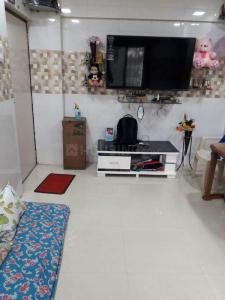 Gallery Cover Image of 640 Sq.ft 2 BHK Apartment for buy in Ideal Park, Mira Road East for 5700000