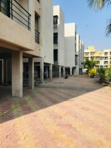 Gallery Cover Image of 615 Sq.ft 1 BHK Apartment for buy in Avaj Residency, Vichumbe for 3400000