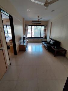 Gallery Cover Image of 1000 Sq.ft 2 BHK Apartment for rent in Bandra West for 65000