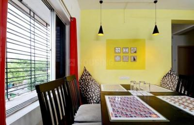 Gallery Cover Image of 850 Sq.ft 2 BHK Apartment for rent in Golf Green for 18000
