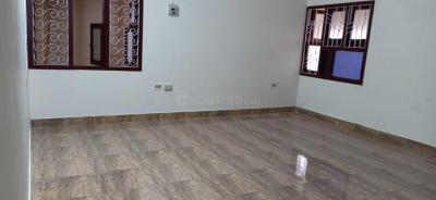 Gallery Cover Image of 2100 Sq.ft 3 BHK Independent Floor for rent in Thiruvanmiyur for 45000