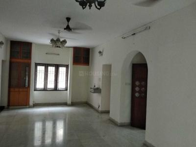 Gallery Cover Image of 1900 Sq.ft 3 BHK Apartment for rent in Adyar for 40000