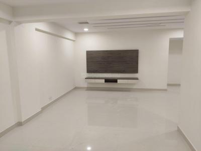 Gallery Cover Image of 1900 Sq.ft 3 BHK Apartment for rent in Kondapur for 38000