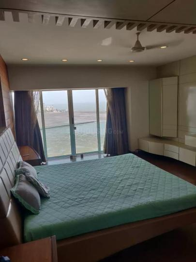 Bedroom Image of 2100 Sq.ft 4 BHK Apartment for buy in Maker Tower, Cuffe Parade for 175000000