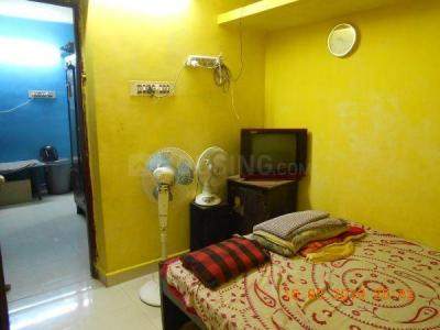 Gallery Cover Image of 1500 Sq.ft 2 BHK Apartment for buy in Mylapore for 8500000
