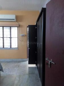 Gallery Cover Image of 1200 Sq.ft 3 BHK Apartment for rent in Kaikhali for 17000
