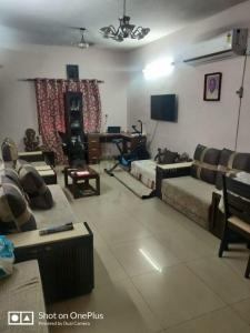 Gallery Cover Image of 1050 Sq.ft 2 BHK Independent Floor for buy in Janakpuri for 11500000