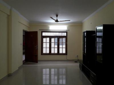 Gallery Cover Image of 1200 Sq.ft 2 BHK Apartment for rent in SMR Vinay Cascade, Kaggadasapura for 23000
