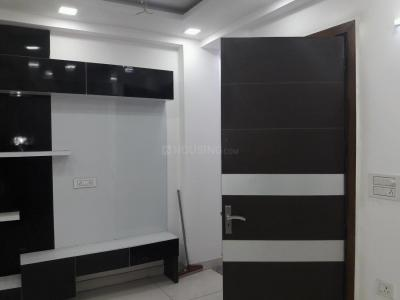 Gallery Cover Image of 900 Sq.ft 3 BHK Independent Floor for buy in Mahavir Enclave for 5300000