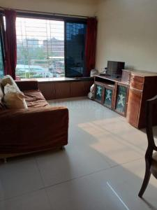 Gallery Cover Image of 1050 Sq.ft 2 BHK Apartment for rent in Powai Park Co-opertive Society, Powai for 40000