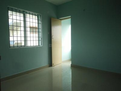 Gallery Cover Image of 909 Sq.ft 2 BHK Apartment for buy in Kundrathur for 3650000