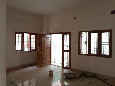 Gallery Cover Image of 950 Sq.ft 2 BHK Apartment for rent in Maduravoyal for 12000