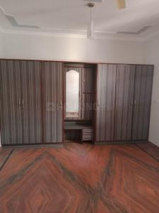 Gallery Cover Image of 2340 Sq.ft 3 BHK Independent Floor for rent in Sector 10 for 20000