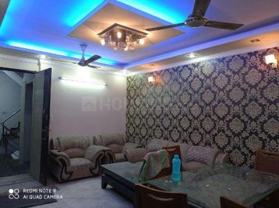 Gallery Cover Image of 900 Sq.ft 2 BHK Independent Floor for buy in Mahavir Enclave for 4300000