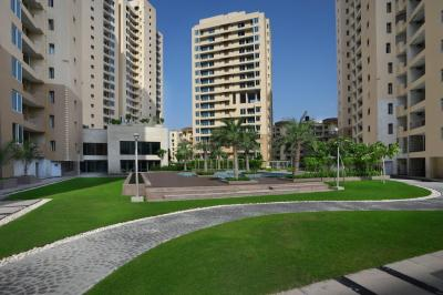 Gallery Cover Image of 2500 Sq.ft 3 BHK Apartment for buy in Sector 50 for 23000000