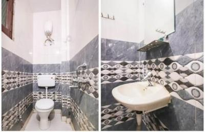 Bathroom Image of Shri Pran Nath Ji Niwas in Vinod Nagar West
