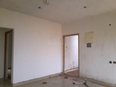 Gallery Cover Image of 850 Sq.ft 2 BHK Apartment for buy in Avadi for 3230000