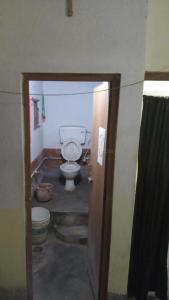 Bathroom Image of Single & Share Room PG in Baishnabghata Patuli Township