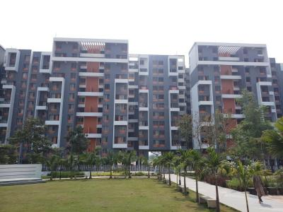 Gallery Cover Image of 1050 Sq.ft 2 BHK Apartment for buy in Mundhwa for 5600000