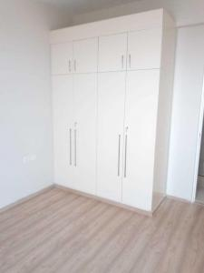 Gallery Cover Image of 1560 Sq.ft 3 BHK Apartment for rent in Sector 81 for 19000