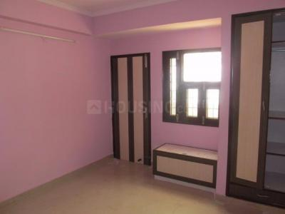 Gallery Cover Image of 1650 Sq.ft 3 BHK Apartment for buy in Sri Vinayak Apartment, Sector 22 Dwarka for 15200000