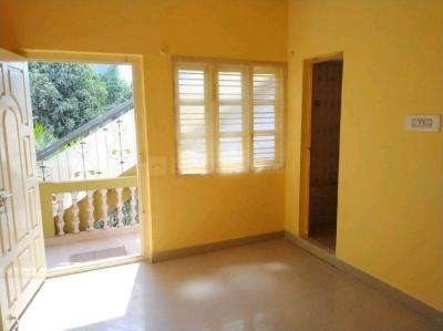 Gallery Cover Image of 750 Sq.ft 2 BHK Independent Floor for rent in Kodathi for 8000