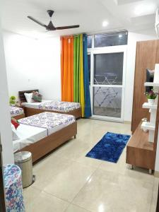 Bedroom Image of PG 4271037 Dlf Phase 2 in DLF Phase 2
