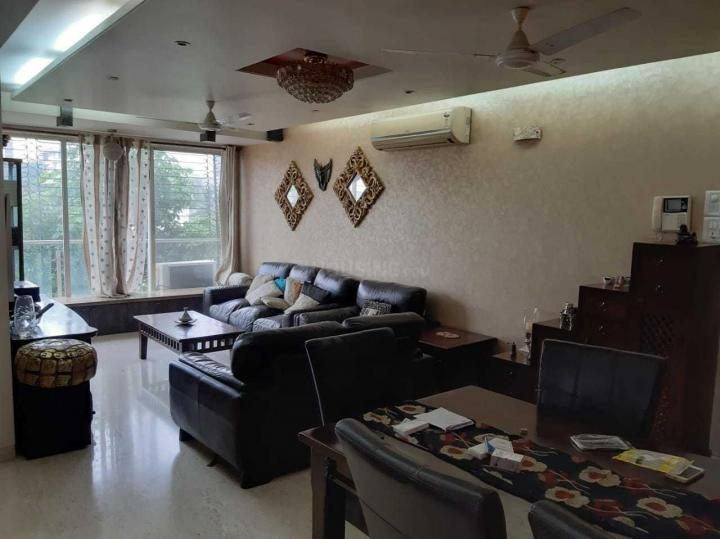 Living Room Image of 800 Sq.ft 2 BHK Independent House for rent in Juhu for 80000