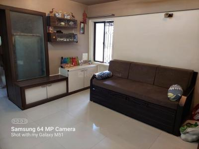 Gallery Cover Image of 1000 Sq.ft 2 BHK Apartment for buy in Arjuna Park CHS, Thane West for 12000000