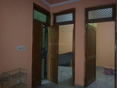 Gallery Cover Image of 450 Sq.ft 2 BHK Independent Floor for rent in Pandav Nagar for 13000