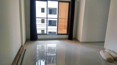 Gallery Cover Image of 620 Sq.ft 2 BHK Apartment for rent in Dahisar West for 26000