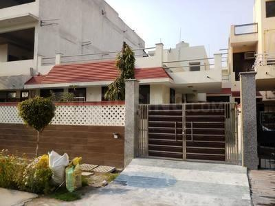 Gallery Cover Image of 2500 Sq.ft 3 BHK Independent House for buy in Raksha Enclave, Omega IV Greater Noida for 8000000