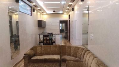 Gallery Cover Image of 1500 Sq.ft 1 BHK Independent Floor for rent in Sector 17 for 18000