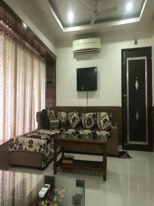 Gallery Cover Image of 1200 Sq.ft 3 BHK Apartment for rent in Pitampura for 40000