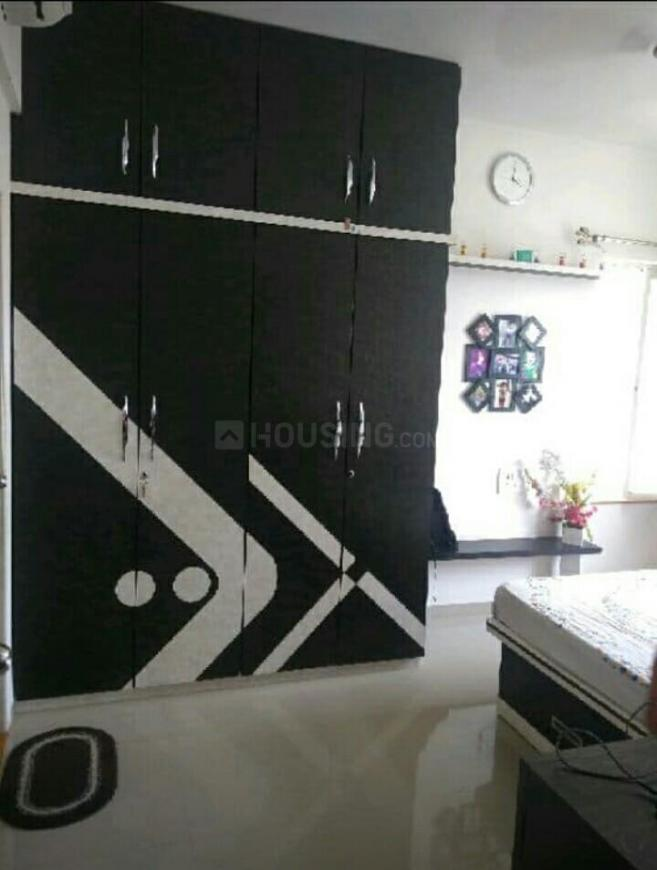 Bedroom Image of 1050 Sq.ft 2 BHK Apartment for rent in Hadapsar for 23000
