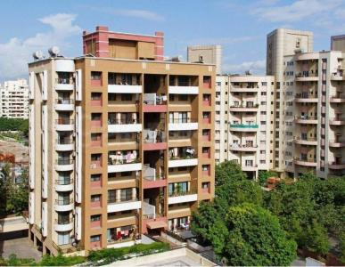Gallery Cover Image of 1500 Sq.ft 3 BHK Apartment for buy in Magarpatta City for 17000000