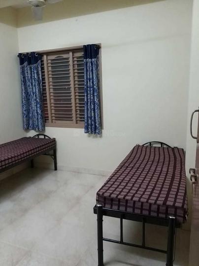 श्री वेंकटेशवरा  पीजी फॉर जैंट्स इन एचबीआर लेआउट के बेडरूम की तस्वीर