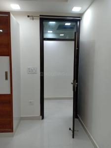 Gallery Cover Image of 920 Sq.ft 3 BHK Independent Floor for rent in Dwarka Mor for 15000