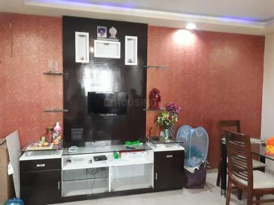 Gallery Cover Image of 765 Sq.ft 2 BHK Apartment for rent in Kandivali West for 37000