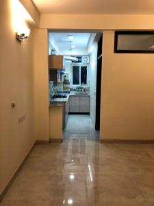Gallery Cover Image of 1000 Sq.ft 2 BHK Apartment for buy in Vasant Kunj for 4000000